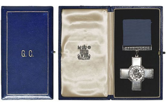 Wallace Oakes' George Cross medal