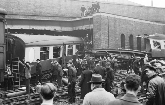 Black and white photograph of a train crash in 1947