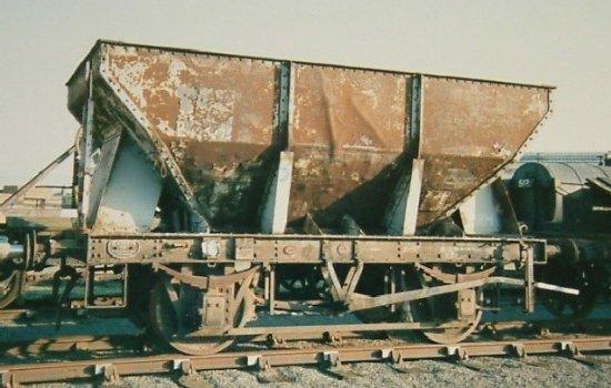Iron ore hopper wagon