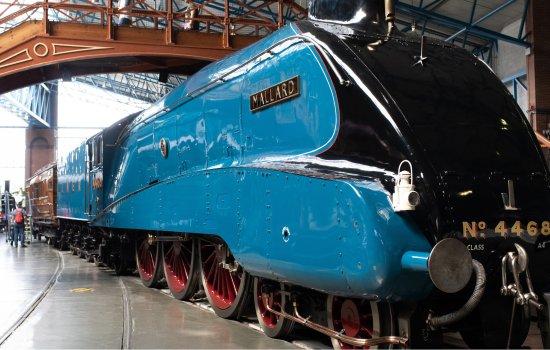 Mallard steam locomotive