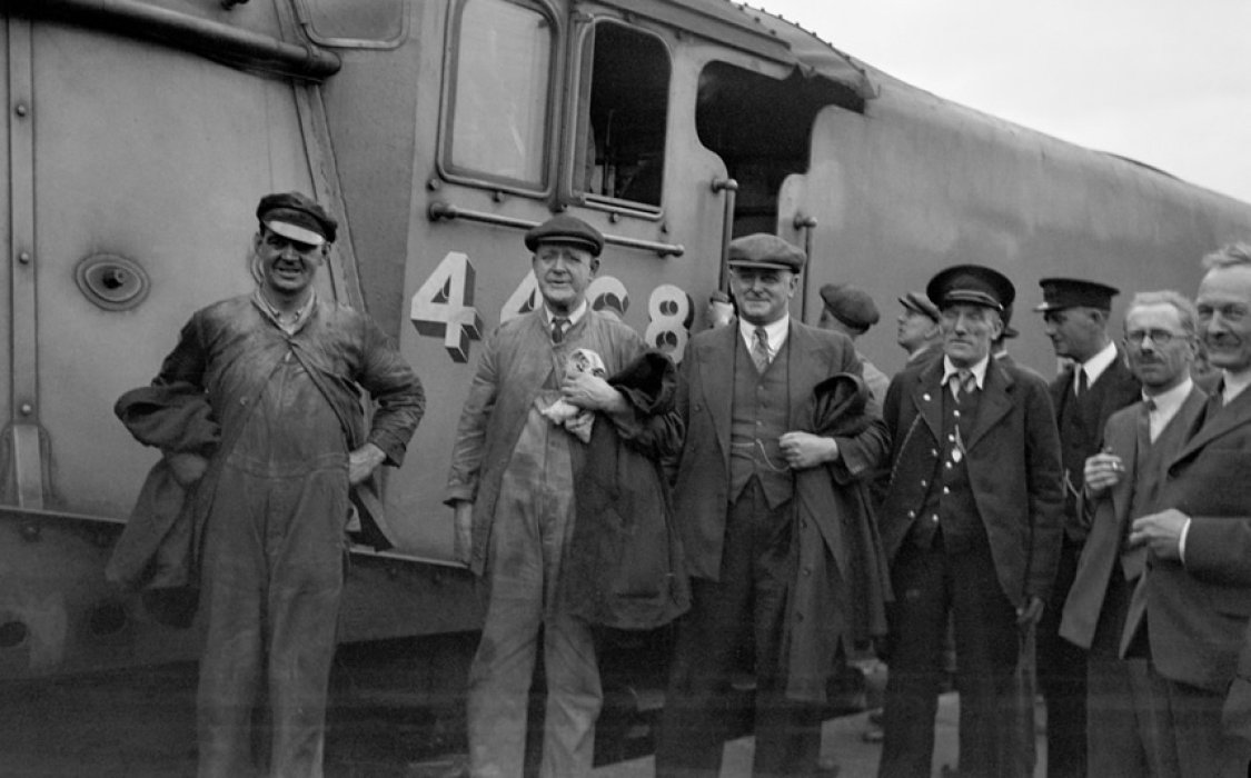 Members of the crew after Mallard's record breaking run in 1938