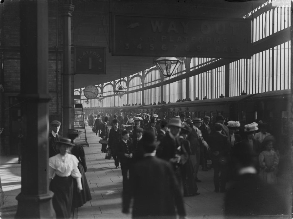 A busy Preston station